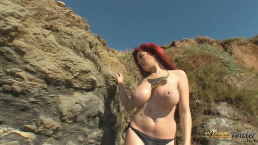 Tessa fowler  tessa fowler  topless gold 2  1 minute  i have